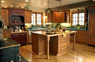 classic wooden kitchen cabinets design