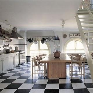 country kitchen-floor-black and white tiles