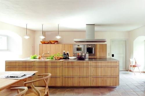 contemporary kitchen design-wooden cabinets-modern appliances
