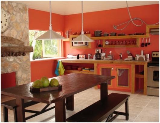 moderne Küche mit farbigen Wänden für Deko-Ideen