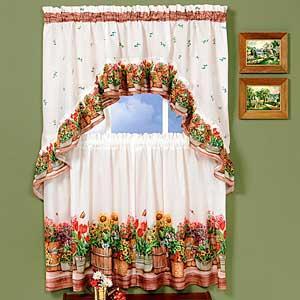 Küche Vorhang mit Blumen, gemütlicher Umgebung