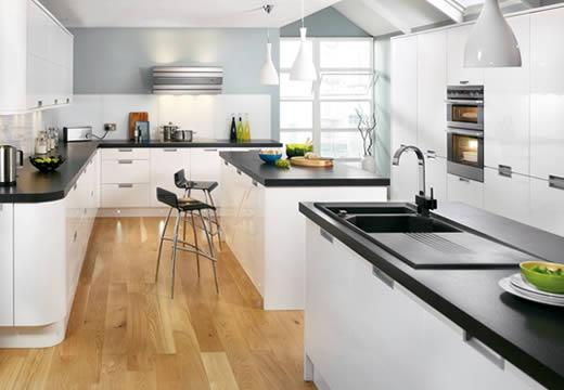 modern kitchen design-white and black-black tops