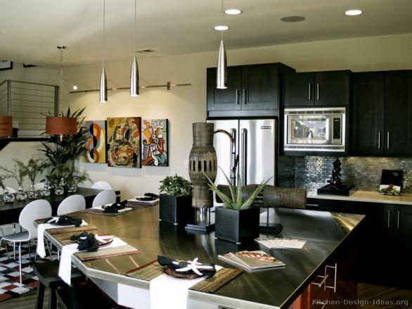 modern luxury black kitchen-black kabinets-decoratin